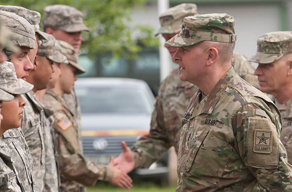 LTG Kadavy speaks with ARNG Soldiers