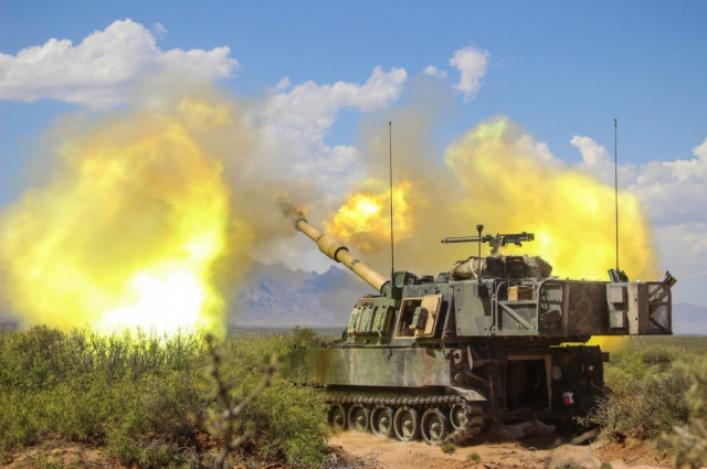 Soldiers of Battery B, 2d Battalion 114th Field Artillery Regiment, Mississippi Army National Guard, hone their gunnery skills as they conduct a table XVIII qualification near Dona Ana Range Camp in New Mexico, April 28, 2018. Table XVIII qualifications consist of an entire battalion conducting fire missions together for validation. Mississippi Army National Guard photo by SGT Brittany Johnson