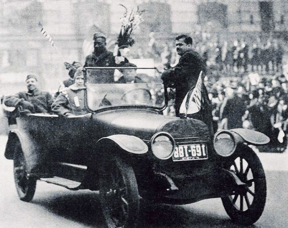 SGT Henry Johnson riding in a car with fellow Harlem Hellfighters during a welcome home parade up Fifth Avenue upon their return from battle in WWI, February 1919. Photo courtesy New York Division of Military and Naval Affairs