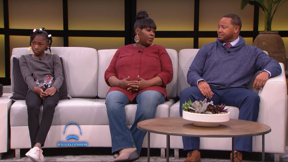 Cameshia Murphy, who was shot during the school shooting, joins SSG Shields on the Steve Harvey Show to thank him for saving her life.